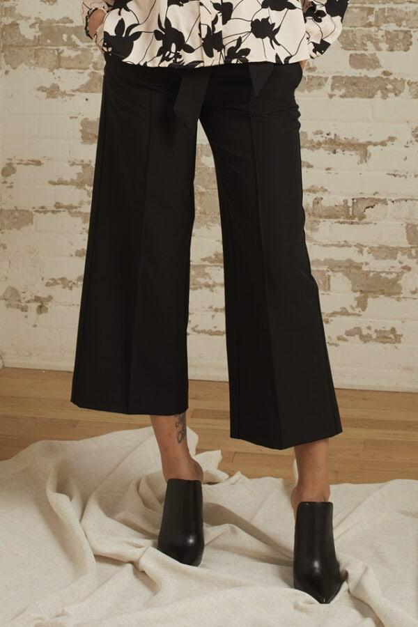 Ariella Cropped Wide Leg Pant
