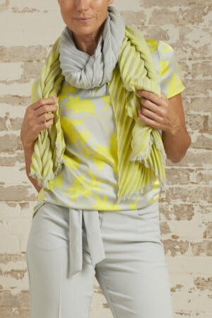 Jennifer Pleated Shawl